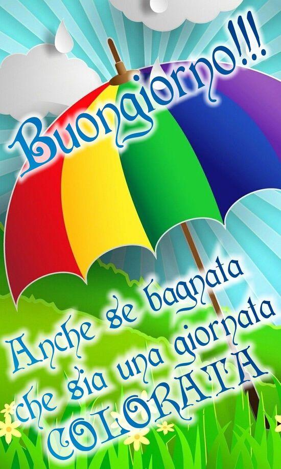 Buongiorno arcobaleno con la pioggia