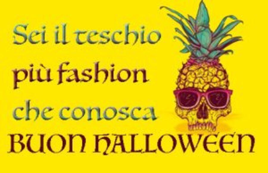 """""""Sei il teschio più fashion che conosca... Felice Halloween!"""" - immagini divertenti"""